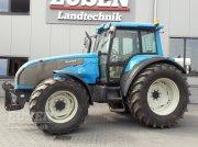 Valtra T 120 Traktor
