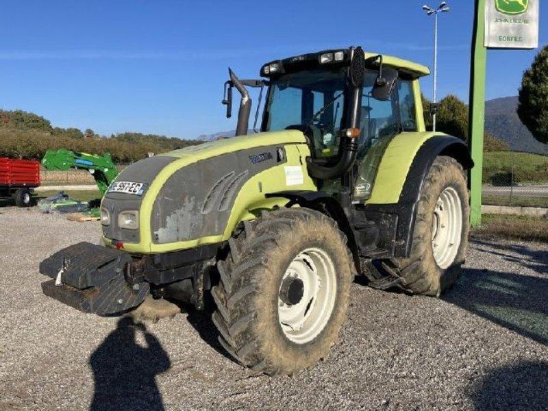 Traktor типа Valtra T 132 VERSU, Gebrauchtmaschine в RENAGE (Фотография 1)