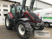 Valtra T 144 A Traktor