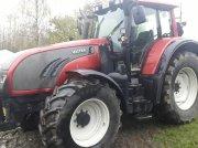 Valtra T 152 frontlift + PTO Traktor