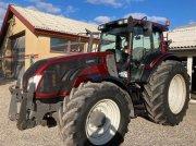 Traktor типа Valtra T 153 Hightec, Gebrauchtmaschine в Store Heddinge