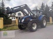 Traktor des Typs Valtra T 153 Versu, Gebrauchtmaschine in Salsitz
