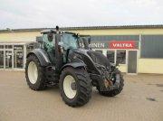 Traktor des Typs Valtra T 154 Activ, Gebrauchtmaschine in Konradsreuth