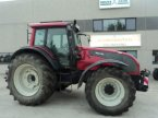 Traktor типа Valtra T 161 в MOULLE
