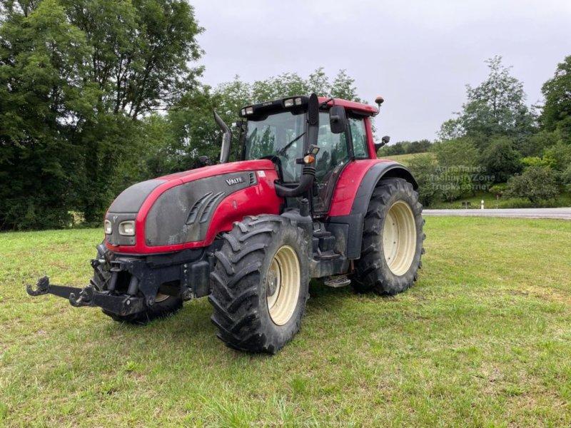 Traktor типа Valtra T 162, Gebrauchtmaschine в LESCURE (Фотография 1)