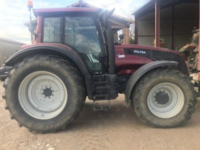 Traktor des Typs Valtra T 163 e Versu, Gebrauchtmaschine in Revel (Bild 1)
