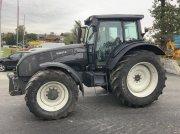 Valtra T 171 HiTech Traktor