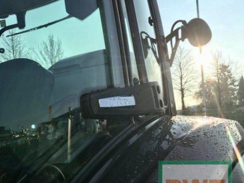 Traktor des Typs Valtra T 174 Direct Smart Touch, Ausstellungsmaschine in Rommerskirchen (Bild 7)