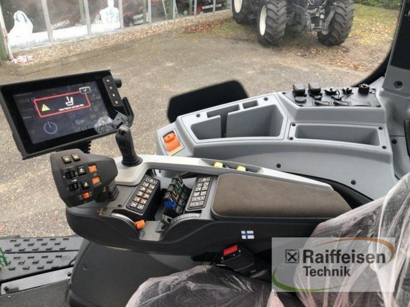 Traktor des Typs Valtra T 174 Direct, Gebrauchtmaschine in Bad Oldesloe (Bild 11)
