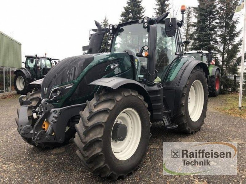 Traktor des Typs Valtra T 174 Direct, Gebrauchtmaschine in Bad Oldesloe (Bild 1)