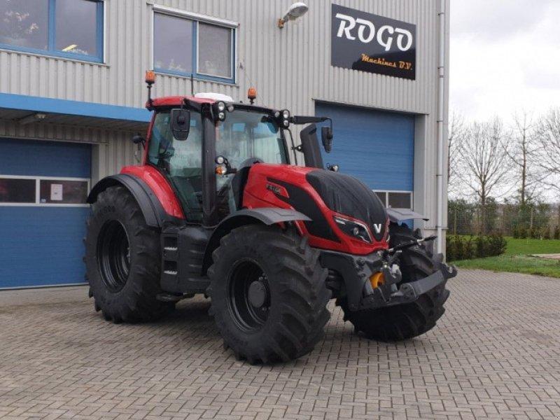Traktor des Typs Valtra T 174 e Direct SmartTouch Spec, Gebrauchtmaschine in Middelharnis (Bild 1)
