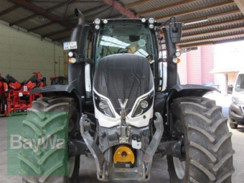 Traktor des Typs Valtra T 174 eA Active, Gebrauchtmaschine in Erbach (Bild 3)