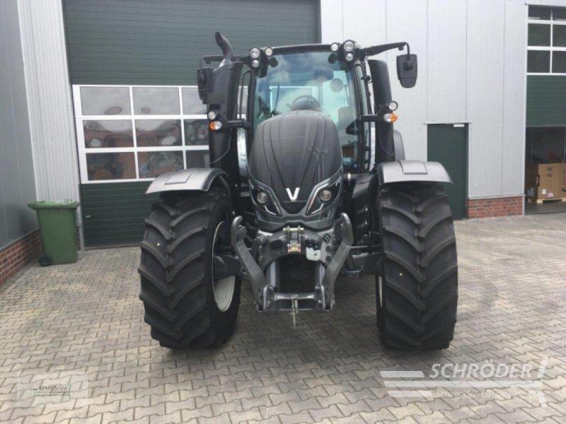 Traktor des Typs Valtra T 174 EA MR, Gebrauchtmaschine in Ahlerstedt (Bild 2)