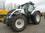 Traktor of the type Valtra T 174 Eco Active (T174) in Bocholt
