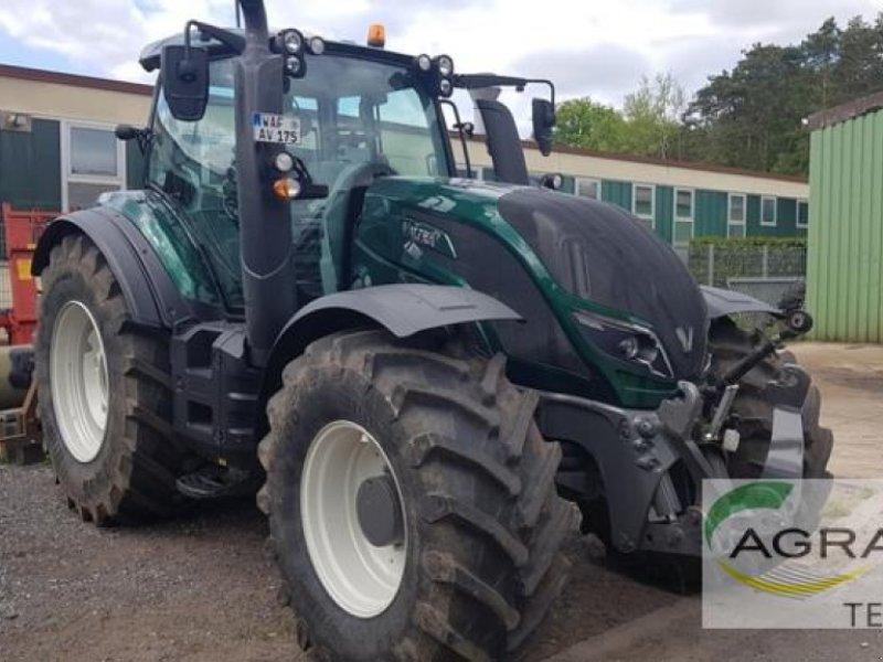 Traktor des Typs Valtra T 174 ED DIRECT, Gebrauchtmaschine in Beckum (Bild 2)