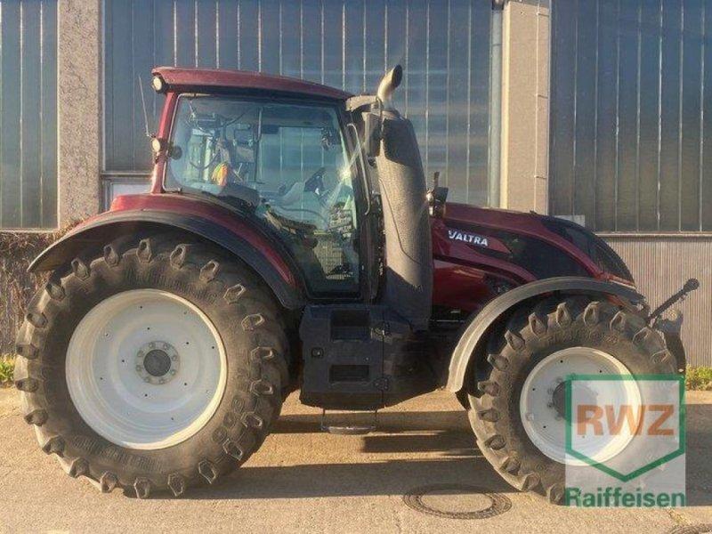 Traktor des Typs Valtra T 174 EV, Gebrauchtmaschine in Lorsch (Bild 1)