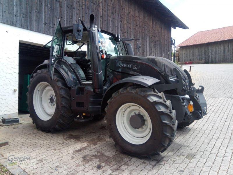 Traktor des Typs Valtra T 174 eV, Gebrauchtmaschine in Drachselsried (Bild 1)