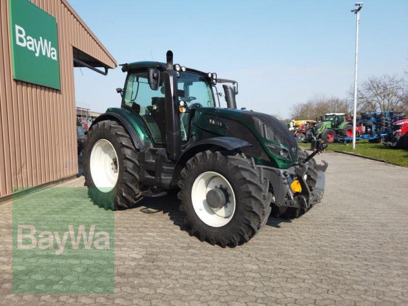 Traktor des Typs Valtra T 174 EVST, Gebrauchtmaschine in Manching (Bild 3)