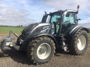 Traktor of the type Valtra T 174, Gebrauchtmaschine in Grantham
