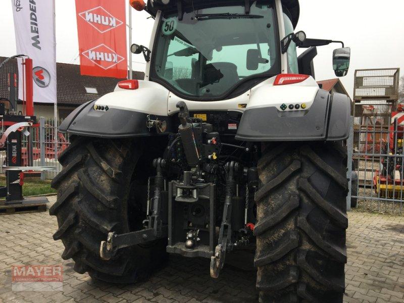 Traktor des Typs Valtra T 174, Neumaschine in Unterroth (Bild 2)