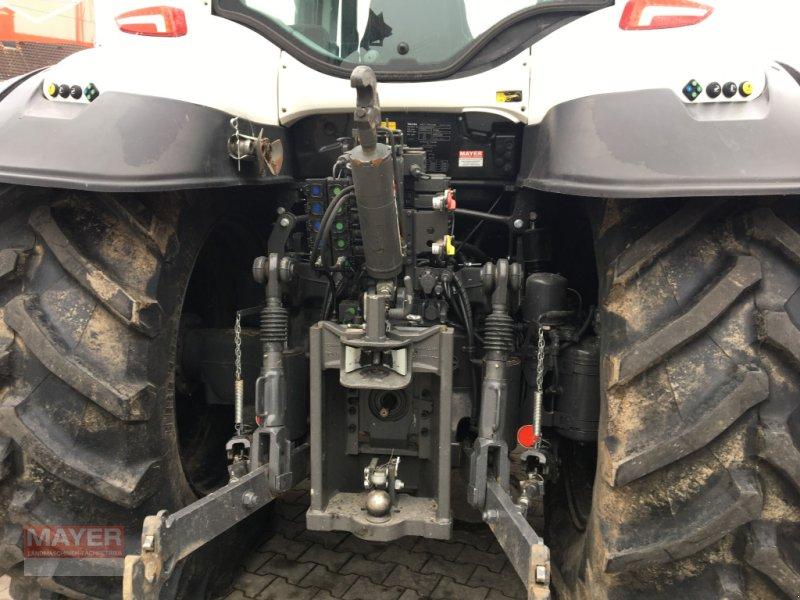 Traktor des Typs Valtra T 174, Neumaschine in Unterroth (Bild 3)