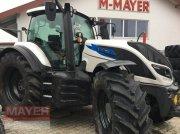 Traktor des Typs Valtra T 174, Neumaschine in Unterroth