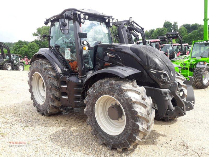 Traktor des Typs Valtra T 174A mit Rüfa und Forstkabine, Neumaschine in Mainburg/Wambach (Bild 1)