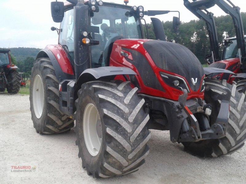 Traktor типа Valtra T 174D, Gebrauchtmaschine в Mainburg/Wambach (Фотография 2)