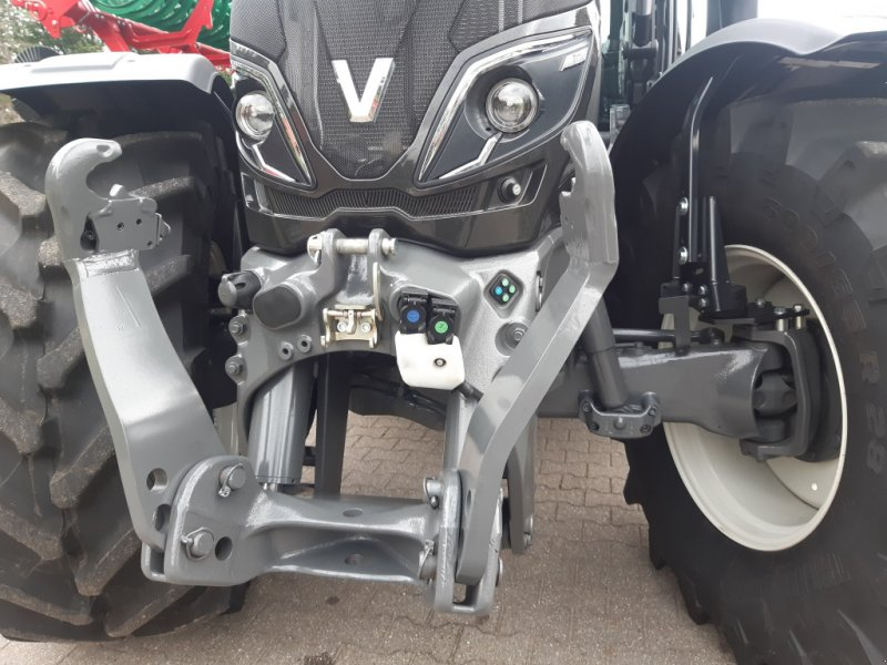 Traktor του τύπου Valtra T 174e Direct (T174) SmartTouch, FKH+FL, GPS-Vorbereitung, Gebrauchtmaschine σε Bocholt (Φωτογραφία 3)