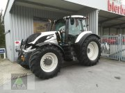 Traktor типа Valtra T 174e Direct, Gebrauchtmaschine в Markt Hartmannsdorf