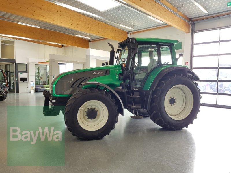 Traktor des Typs Valtra T 182 Versu, Gebrauchtmaschine in Bamberg (Bild 1)