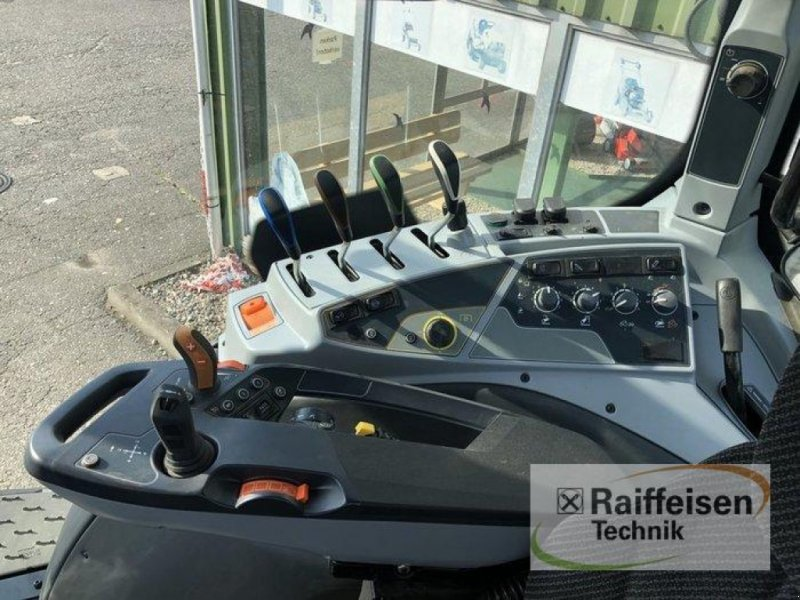 Traktor des Typs Valtra T 194 Active, Vorführmaschine in Bad Oldesloe (Bild 4)