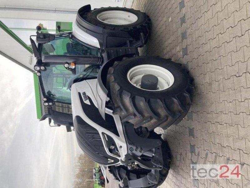 Traktor des Typs Valtra T 194V, Neumaschine in Gundersheim (Bild 5)