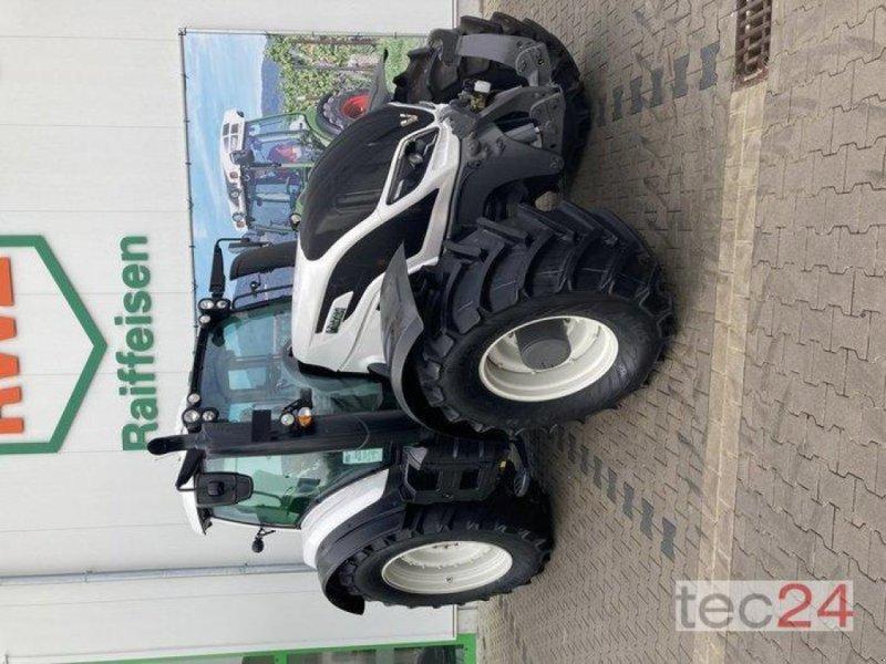 Traktor des Typs Valtra T 194V, Neumaschine in Gundersheim (Bild 10)