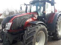 Valtra T 213 Versu Traktor
