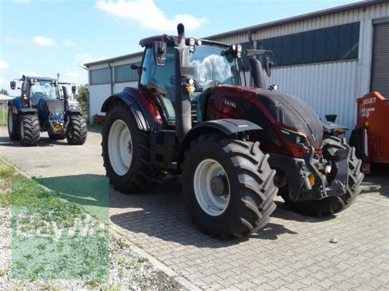 Traktor типа Valtra T 214 D Smarttouch, Gebrauchtmaschine в Erbach (Фотография 2)