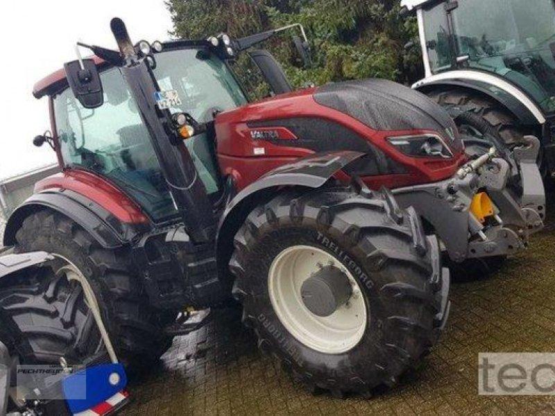 Traktor des Typs Valtra T 214 D SmartTouch, Neumaschine in Rees