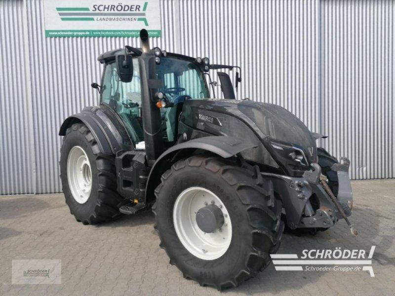 Traktor des Typs Valtra T 214 D, Gebrauchtmaschine in Wardenburg (Bild 1)