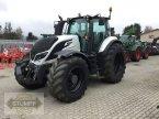 Traktor des Typs Valtra T 214 Direct in Grafenstein