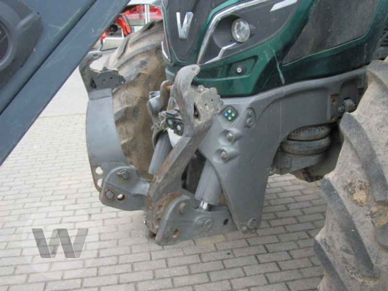 Traktor des Typs Valtra T 214 Direct, Gebrauchtmaschine in Bützow (Bild 5)