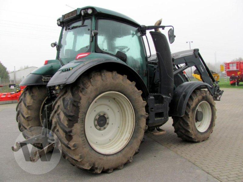 Traktor des Typs Valtra T 214 Direct, Gebrauchtmaschine in Bützow (Bild 3)