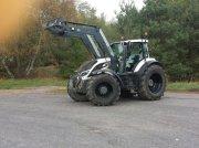Valtra T 214 Traktor
