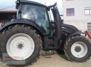 Valtra T 214D mit Rüfa Traktor