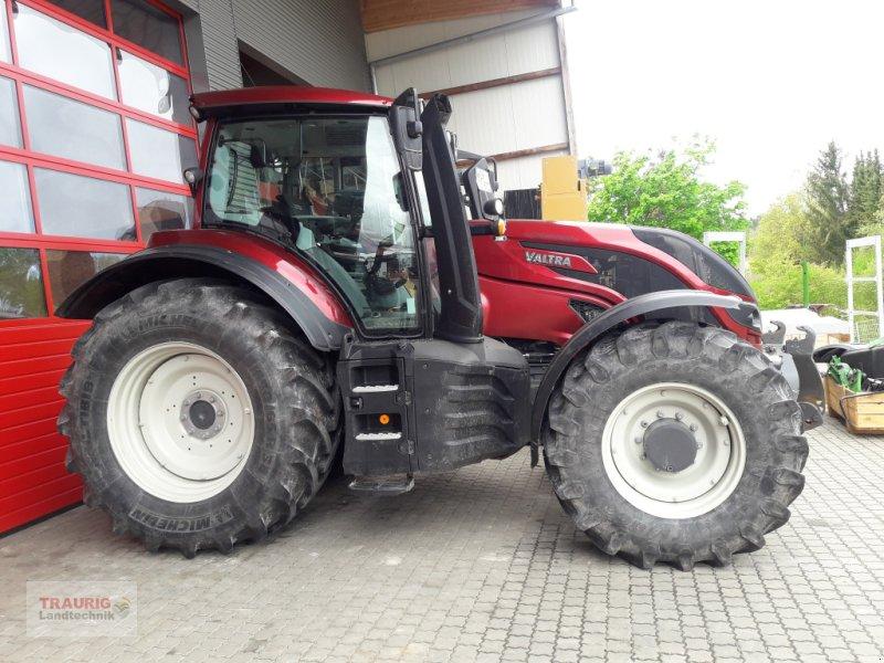 Traktor des Typs Valtra T 214D mit Rüfa, Gebrauchtmaschine in Mainburg/Wambach (Bild 1)