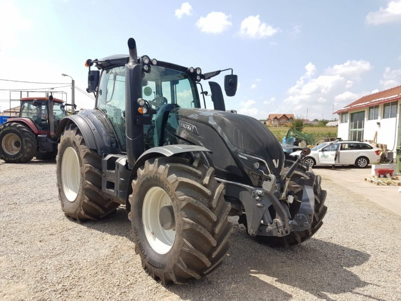 Traktor tip Valtra T 214D, Gebrauchtmaschine in Orţişoara (Poză 1)