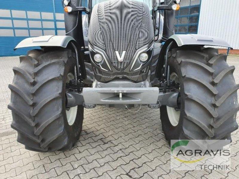 Traktor des Typs Valtra T 234 D DIRECT, Gebrauchtmaschine in Meppen-Versen (Bild 5)