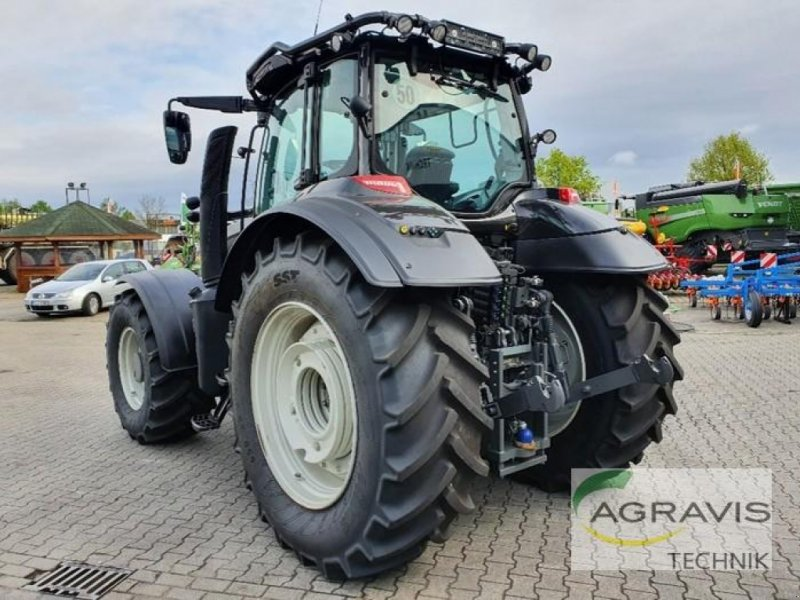 Traktor des Typs Valtra T 234 D DIRECT, Gebrauchtmaschine in Meppen-Versen (Bild 4)