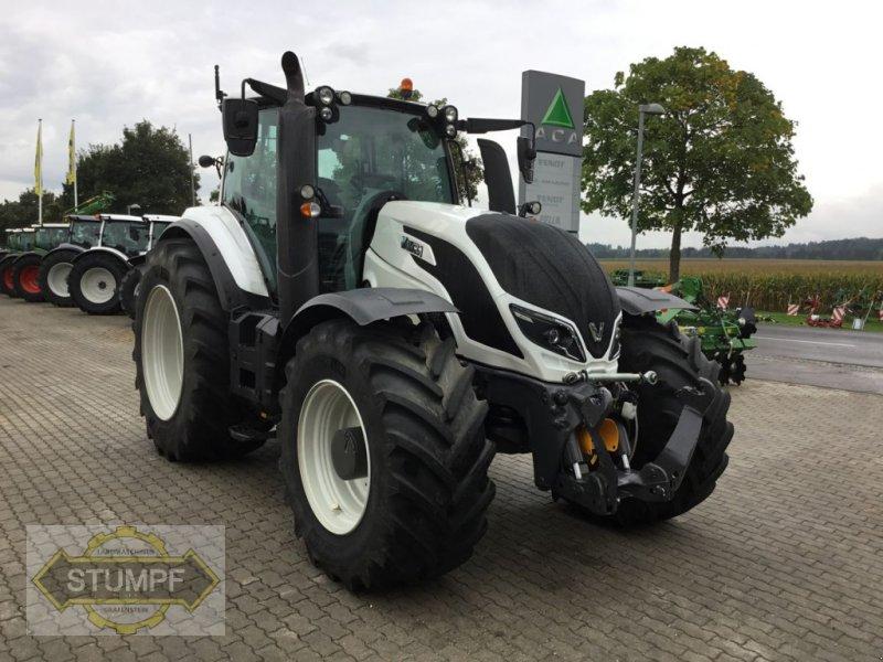 Traktor des Typs Valtra T 234 Direct, Gebrauchtmaschine in Grafenstein (Bild 1)