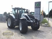 Traktor of the type Valtra T 234 Direct, Vorführmaschine in Grafenstein