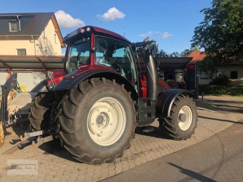 Traktor des Typs Valtra T 234 Direct, Gebrauchtmaschine in Weiden/Theisseil (Bild 1)